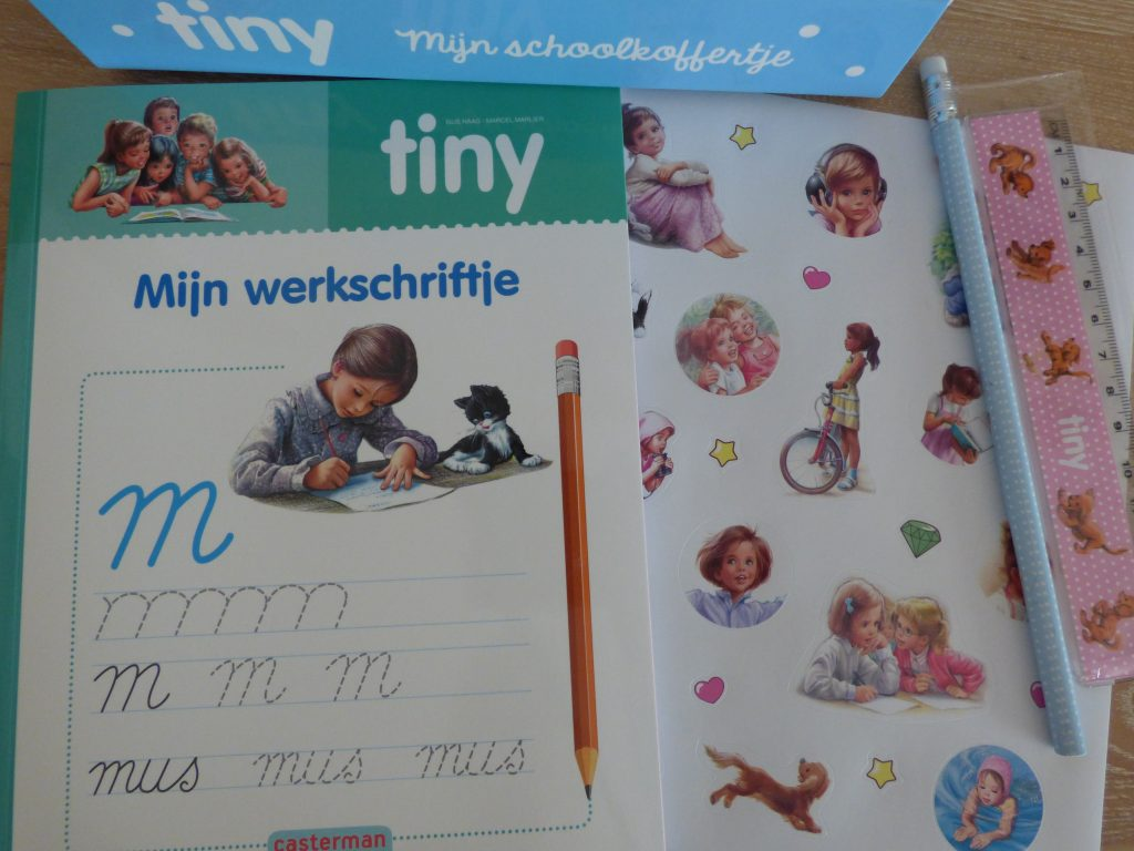Tiny schoolkoffertje schrijfschrift